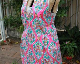 Retro Pink Apron, Funky Apron, Vintage Style Apron, V Neck Apron, Pink Apron