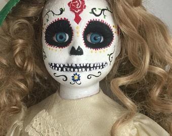 Creepy doll - Maria
