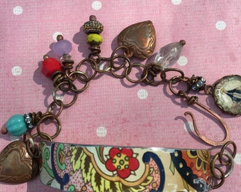 One Of A Kind Vintage Daher Tin Charm Bracelet