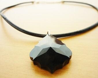 "Leather necklace with Swarovski crystal ""Black  Baroque"""