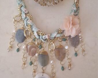 The sky sea necklace
