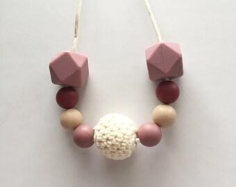 The Amanda Teething Necklace