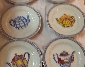 8 Vintage, Decorative Collectors Plates