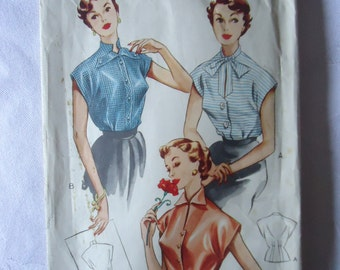 Blouse in 3 styles!