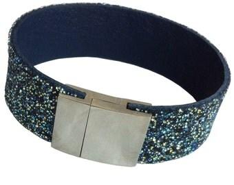 "Leather wristband ""Southern Sky"""