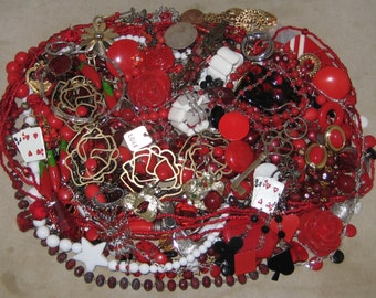 1 1/2 Lbs Mixed Vintage To Now Junk Jewelry Lot Craft Repair Repurpose Lot 23