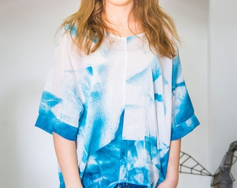 SILK blouse deep blue spotted