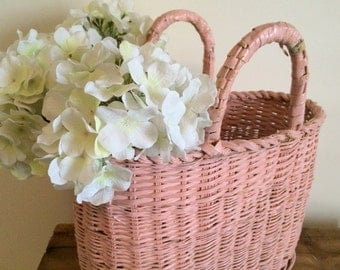 Sweet Vintage Pink Wicker Handled Basket Shabby Chic Country French