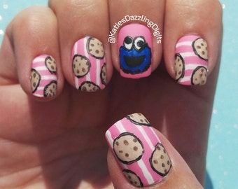 Handpainted Matte cookie monster fake press on nails