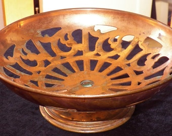 """9"""" Copper Compote Footed pedestal Bowl Manning Bowman 231 Vintage 1920s Filigree raised cut-out food service Dining Fruit Dish"""