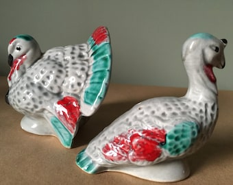 Vintage 1940s Two Turkeys Salt and Pepper Shakers