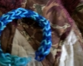 blue rain bow loom bracelet