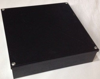 "Adaptable metal box 20mm knockouts 300 x 300 x 75mm 12"" x 12"" x 3"""