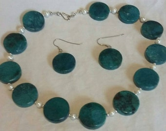Turquoise & pearl necklace and earrring set