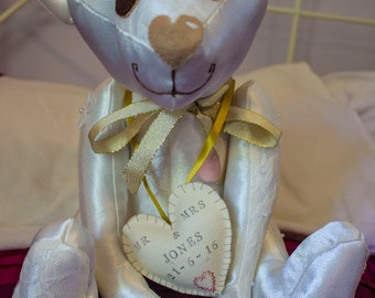 Vintagecuddles / Wedding bear / Wedding gift / Handmade wedding gifts/  Handmade bear/ Gifts /personalised gifts/Christening
