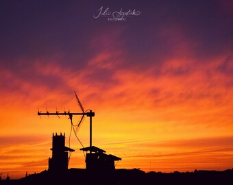 Picture of sunset over the roofs of Aix-en-Provence