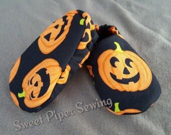 Lil' Pumpkin Baby Booties