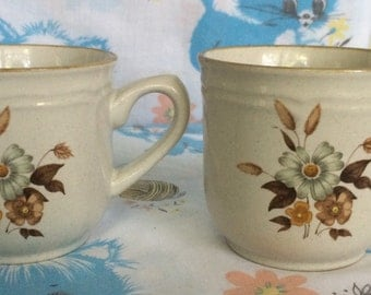 Vintage stone wear Japan floral mugs - 1970's cottage chic coffee mugs - white/brown flowers