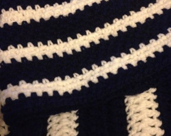 Navy blue/white hat & scarf set