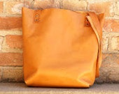 Leather Tote With Pocket