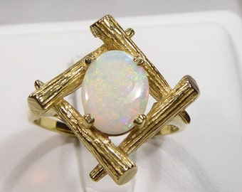 Vintage 14k yellow gold ring with 7x9mm, 1.20ct Opal, size 8.75