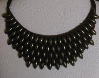 Collar necklace 18
