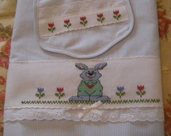 """fitted sheet for cot """"bunnies"""""""