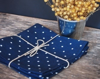 Linen napkins set of 2, 4, 6 or 8 Polka dot napkins, Variuos sizes, Navy blue napkins with white polka dots, Table decoration, Dining