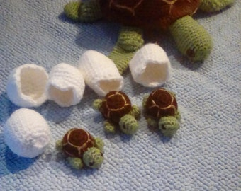 Sea turtle surprise ( stuffed turtle toy and babies)