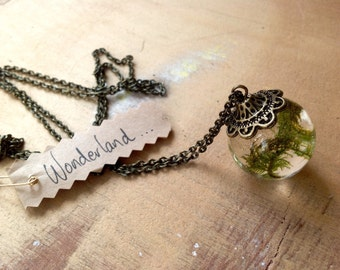 Forest Moss Necklace