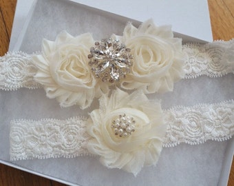 Wedding garter, Bridal Garter Set - IVORY  Flower Off White Lace Wedding Garter Set
