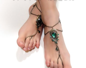 Barefoot Sandals. Foot Jewelry. Bronze Chain. Green Rhinestone charms. Boho Chic. Retro Anklets. Beach Wedding. Body jewelry. 2 pcs.
