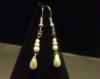 Ivory & White teardrop earrings
