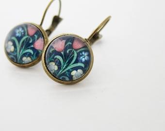 Victorian William Morris earrings * victorian pink flowers