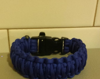 Double cobra weave paracord survival bracelet