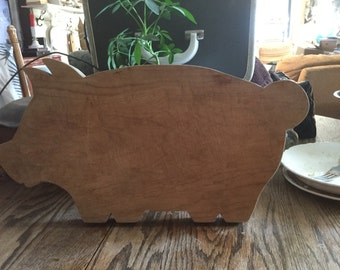 Vintage pig cutting board