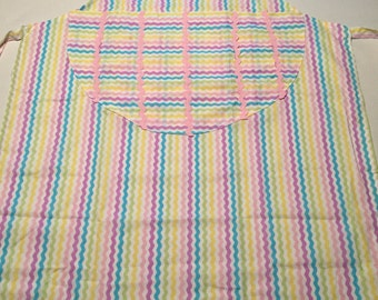 Pastel zig zag stripe apron.