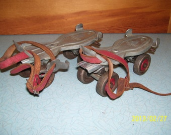 Vintage Roller Skates Globe Union