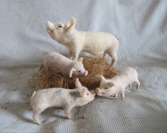 Needle felted pig and piglets