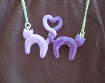 cats in love necklace