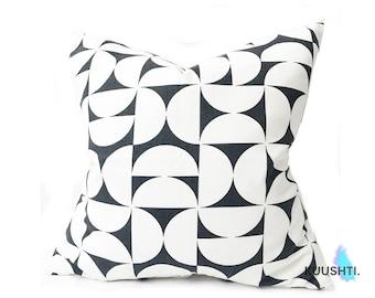 Monochrome Pillow- Pillow Cover- Black and White- Modern Pillow- Bedroom- Scandinavian Pillow- Geometric Pillow- Cotton- Marimekko Style