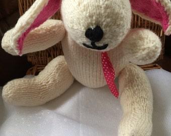 Hamd Knitted Rabbit