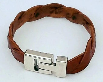 Men's braided Leather bracelet with camel color, leather man bracelet and zamak, bracelet for men