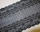 2m Schwarze elastische Spitze 17cm breit Jungendstil