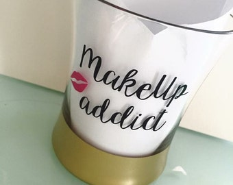Makeup Addict Brush Holder