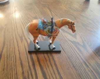 Trail of Painted Ponies, set of 5 retired horses with collector's book