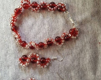 Red jewelry set bracelet and earrings