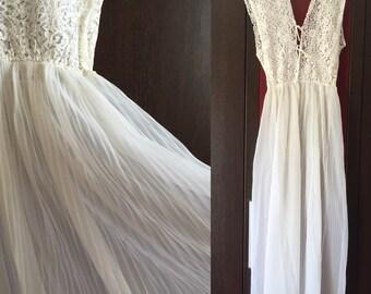 VINTAGE nightgown -- GM JC--