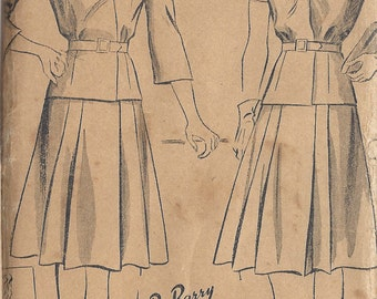 """1940s Vintage Sewing Pattern SKIRT & BLOUSE B36"""" (R636) By Du Barry 5355"""
