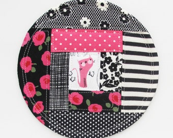 Kitty Patchwork Coaster 2016.6 | Pink Black Grey Cat Patchwork Fabric Drink Mug Rug Trivet Plant Coaster